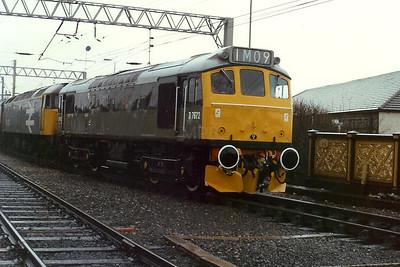 D7672 at Carlisle on 24th February 1990