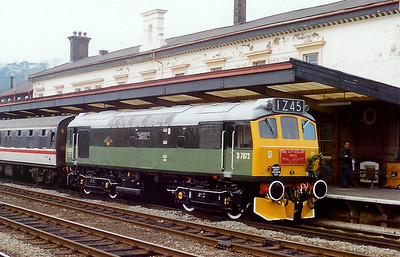 D7672 at Bangor on 30th March 1991
