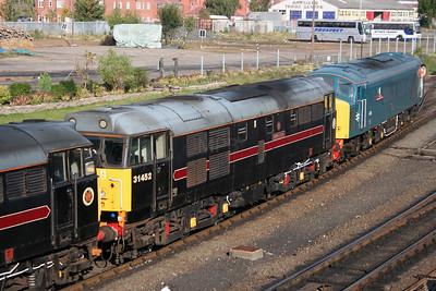 31 452 at Kidderminster SVR on 17th October 2005