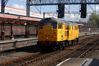 1) 31 105 at Crewe on 27th April 2005