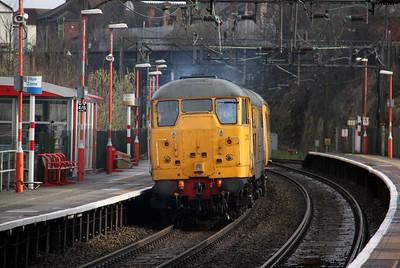 31 105 at Runcorn on 2nd April 2010 (8)