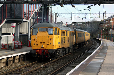 31 105 at Runcorn on 2nd April 2010 (3)