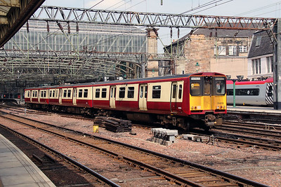3) 314216 at Glasgow Central on 9th June 2016