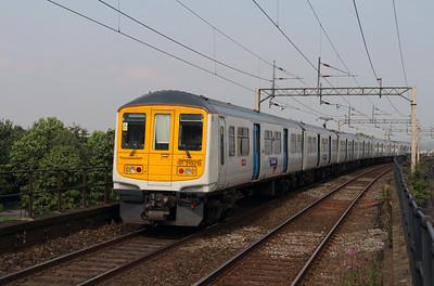 319 218 at Runcorn on 21st September 2016