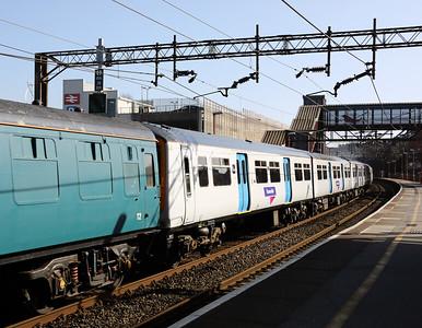 319 219 at Runcorn on 15th March 2017