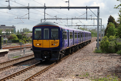 319 386 at Roby on 19th May 2015 working 1F95 (2)
