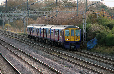 319 363 at Acton Bridge on 2nd December 2014 working 5Z20 (2)