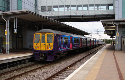 319 361 at Liverpool South Parkway on 25th September 2014 (5)