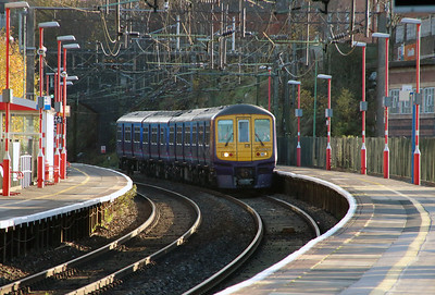 319 363 at Runcorn on 2nd December 2014 working 5Z22 (2)