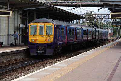 319 361 at Liverpool South Parkway on 25th September 2014 (18)