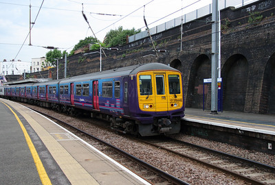 319 448 at Kentish Town on 8th June 2016