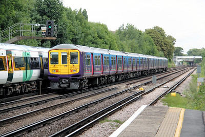 319 004 at Anerley on 18th August 2010 (3)