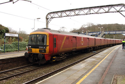 325 001 at Kidsgrove on 19th February 2016