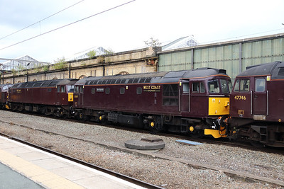 33 207 at Crewe on 25th September 2019 (3)