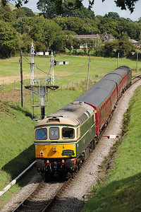 D6515 (33012) at Harmans Cross on 31st August 2017