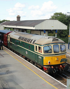 6) D6515 (33012) at Wareham on 31st August 2017