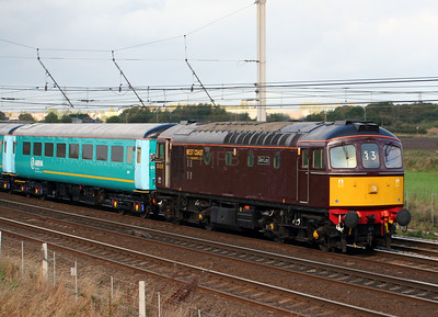 3) 33 029 at Winwick Junction on 26th October 2006