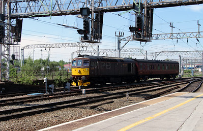 2) 33 029 at Crewe on 31st May 2013 working 5Z42 1123 Carnforth Steamtown to Southall