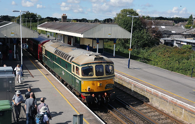 4) D6515 (33012) at Wareham on 31st August 2017