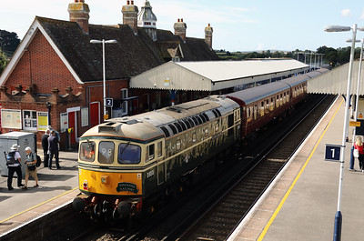 5) D6515 (33012) at Wareham on 31st August 2017