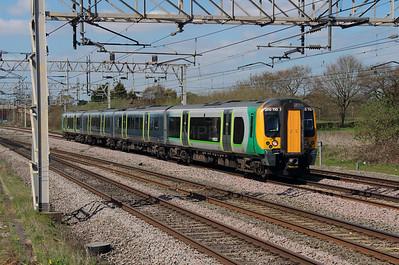 350 110 at Acton Bridge on 19th April 2016