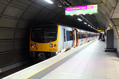 360 204 at London Heathrow Airport on 18th June 2014 (3)