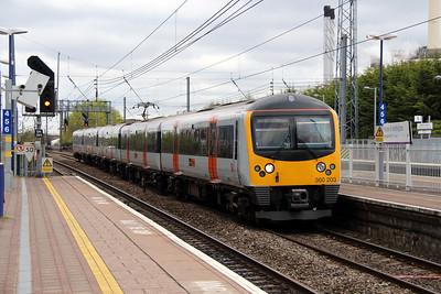 360 203 at Hayes & Harlington on 5th April 2014