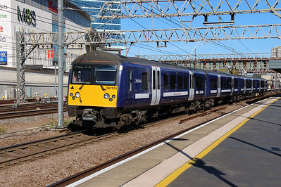 360 105 at Stratford on 3rd October 2016