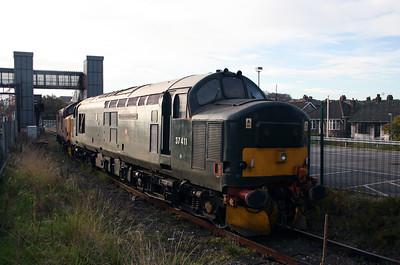 37 411 at Runcorn on 2nd November 2007 (1)