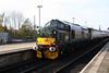 37 411 at Cardiff Central on 26th November 2005, 2R18 1059 Cardiff Central-Rhymney (2)