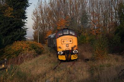 37 410 at Runcorn on 2nd November 2007 (2)