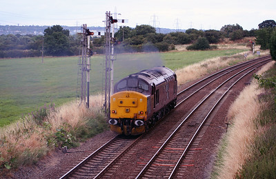 37 401 at Helsby on 29th July 2006 (3)