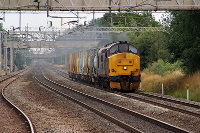 37 401 at Acton Bridge on 31st July 2006