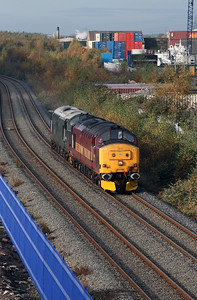 37 410 at West Deviation Jn (Widnes) on 2nd November 2007 (3)
