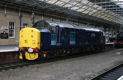 37 515 at Huddersfield  on 13th May 2007 (1)