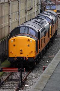 37 515 at Crewe on 14th November 2004