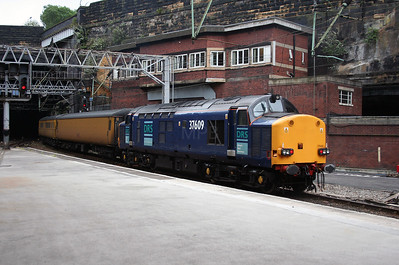 37 609 at Liverpool Lime Street on 2nd August 2006 (2)
