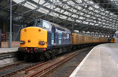 37 608 at Liverpool Lime Street on 2nd August 2006 (4)