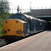 37 605 at Manchester Airport on 8th June 2006 (1)