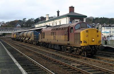 3) 37 706 at Bangor on 26th November 2004, Working 4Z07