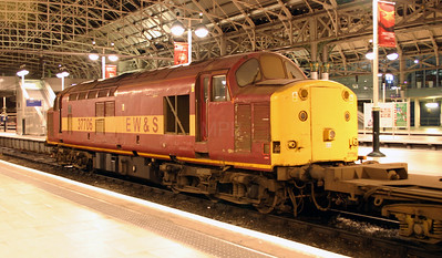 2) 37 706 at Manchester Piccadilly on 5th November 2004