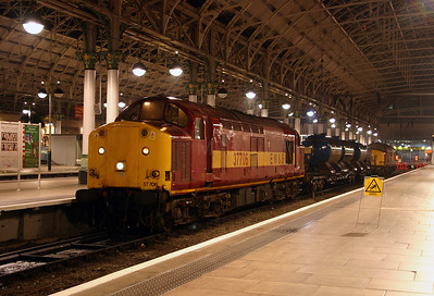 3) 37 706 at Manchester Piccadilly on 4th November 2004
