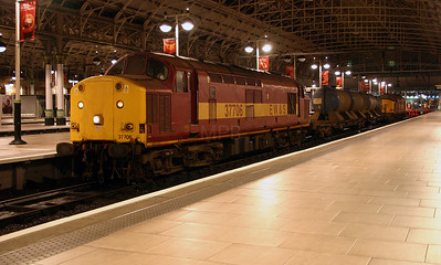 1) 37 706 at Manchester Piccadilly on 5th November 2004