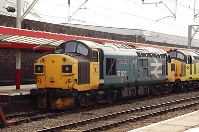 3) 37 025 at Crewe on 6th October 2020