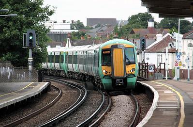 377 113 at Selhurst on 18th August 2010