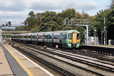 377 101 at Redhill on 3rd October 2017
