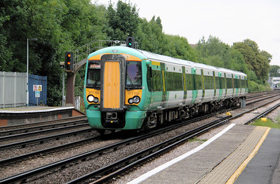 377 150 at Anerley on 18th August 2010 (2)