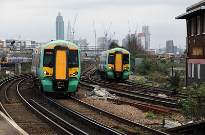 377127 & 377474 at Clapham Junction on 29th March 2017