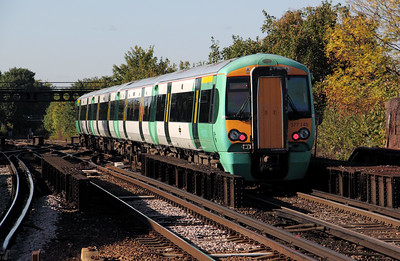 377 145 at Balham on 20th October 2010
