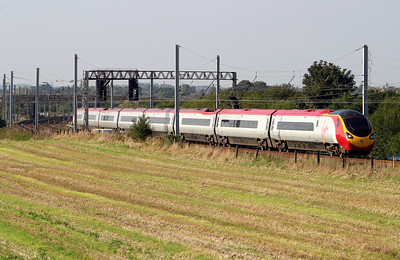 4) 390 0XX at Winwick Junction on 5th September 2004